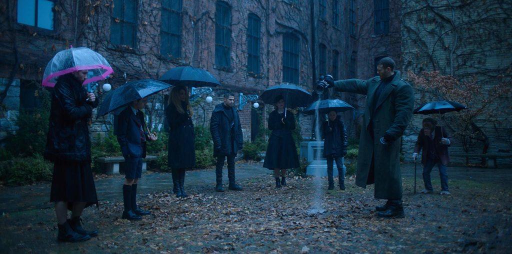 Pogrzeb Sir Reginalda. The Umbrella Academy © Netflix